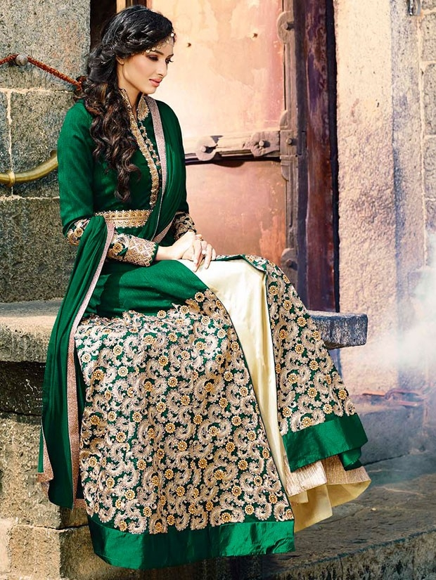 bewitching-bottle-green-and-ivory-lehenga-kameez-set-800x1100