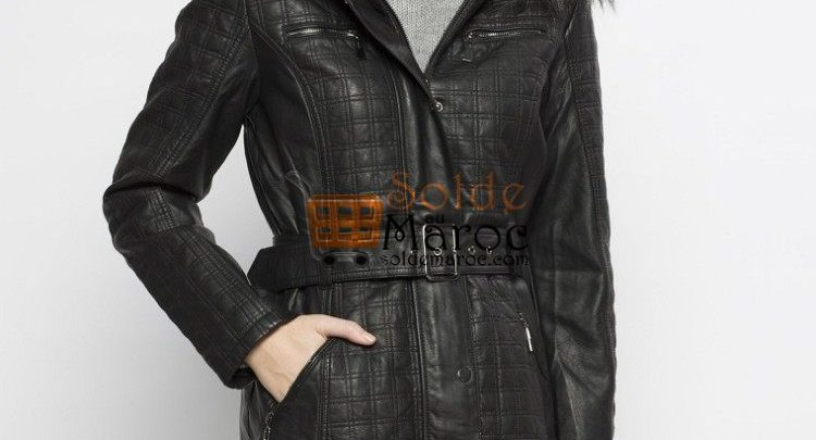 Photo of 37% Réduction Black Midi Trenchcoat – 359dhs