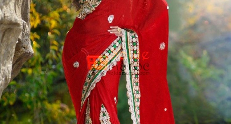 Photo of 40% Réduction Sublime Sari Rouge en Jacquard magnifiquement brodé – 1799dhs