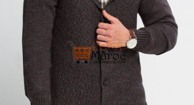 Photo of 55% Réduction Burgundy Solid Heavyweight V neck Cardigan – 149dhs