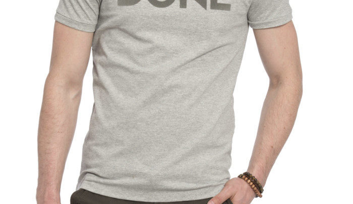 Photo of 44% Réduction Grey Standard Short Sleeve Printed Crew Neck T-Shirt 44dhs