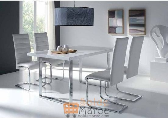 Promo Odesign Table à manger + 4 chaises DIAMOND 6600Dhs au lieu de 8600Dhs