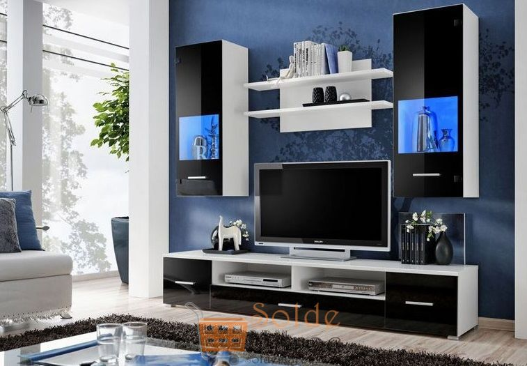 Promo Azura Home Ensemble meuble TV CORTE noir avec leds 3090Dhs au lieu de 3090Dhs