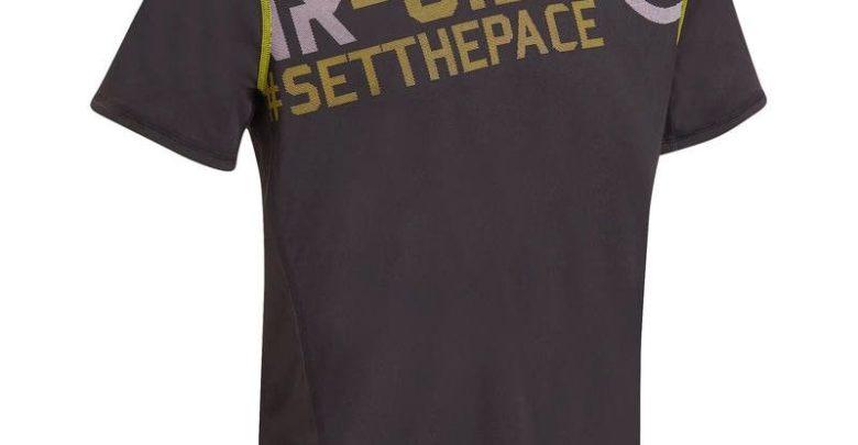 Photo of Solde Decathlon T-shirt fitness cardio homme noir imprimé jaune Energy 59Dhs au lieu de 79Dhs