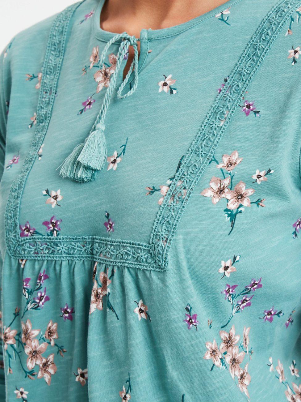 Soldes LC Waikiki Maroc T-Shirt femme 49Dhs au lieu de 109Dhs