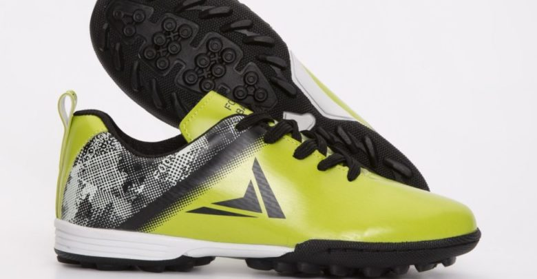 Promo LC Waikiki Maroc Chaussures sport garçon 69Dhs au lieu de 159Dhs