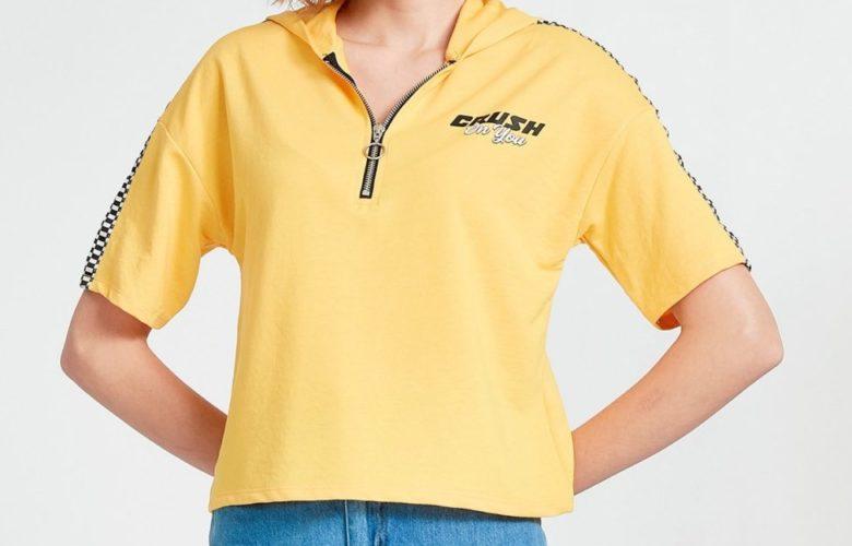 Soldes LC Waikiki Maroc T-Shirt femme avec capuche 49Dhs au lieu de 149Dhs