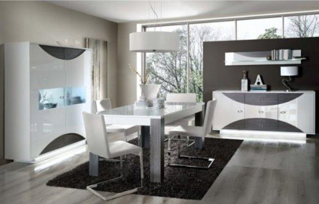 Soldes Azura Home Vitrine 2 portes MAXIMA 154x173cm 3290Dhs au lieu de 5365Dhs